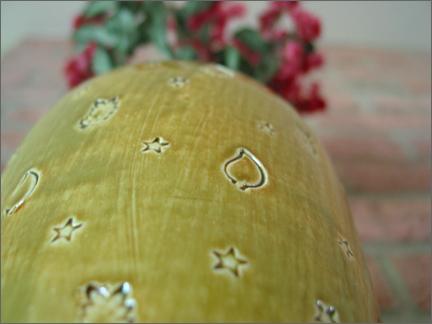 vaseandflowers.jpg
